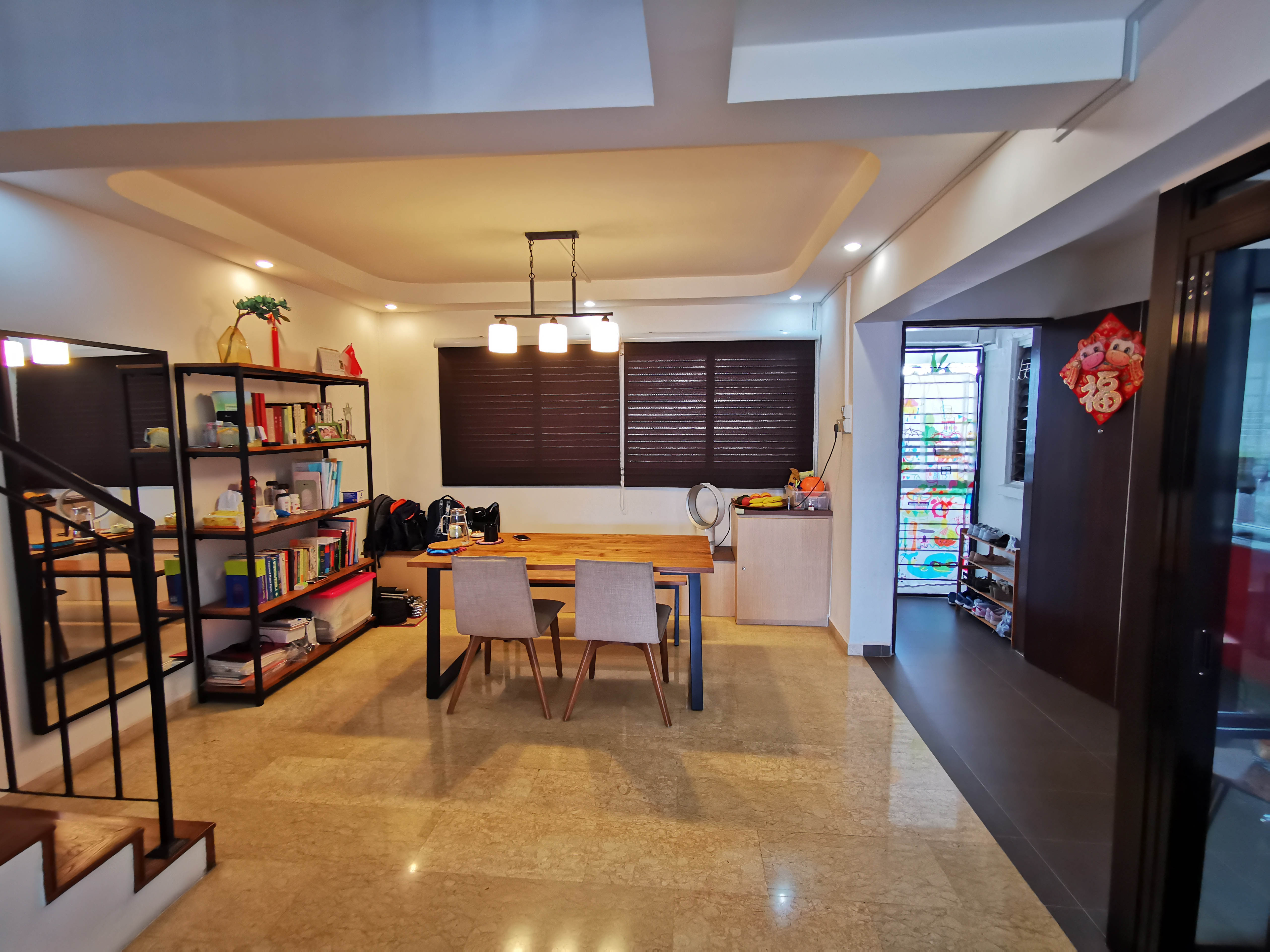Nicely Renovated HDB Maisonette For Sale!